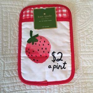 Kate Spade Strawberry Pot Holder NWT